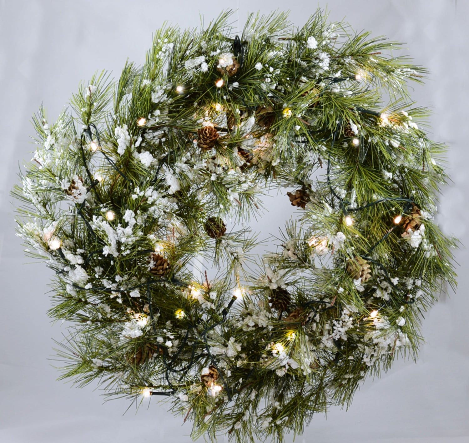 Best Christmas Wreaths 2016: Battery Operated With Snow